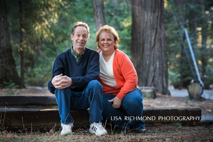 lisa-richmond-photography-northern-california-lifestyle-photographer-pollock-pines-lifestyle-photographer-couples-photography-at-home_0001