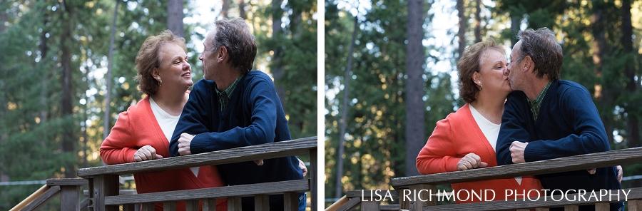 lisa-richmond-photography-northern-california-lifestyle-photographer-pollock-pines-lifestyle-photographer-couples-photography-at-home_0002